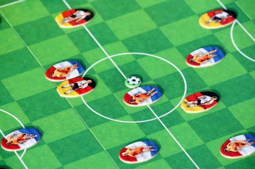 Board Game: Champions 2020
