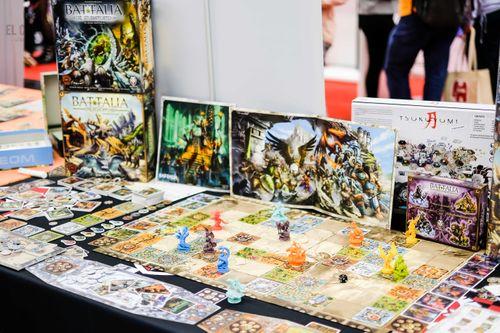 Board Game: BATTALIA: The Stormgates
