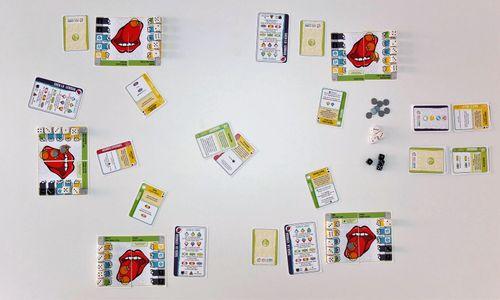 Board Game: Saca la Lengua