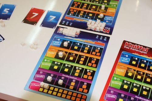 Board Game: Kniffel: Das Kartenspiel