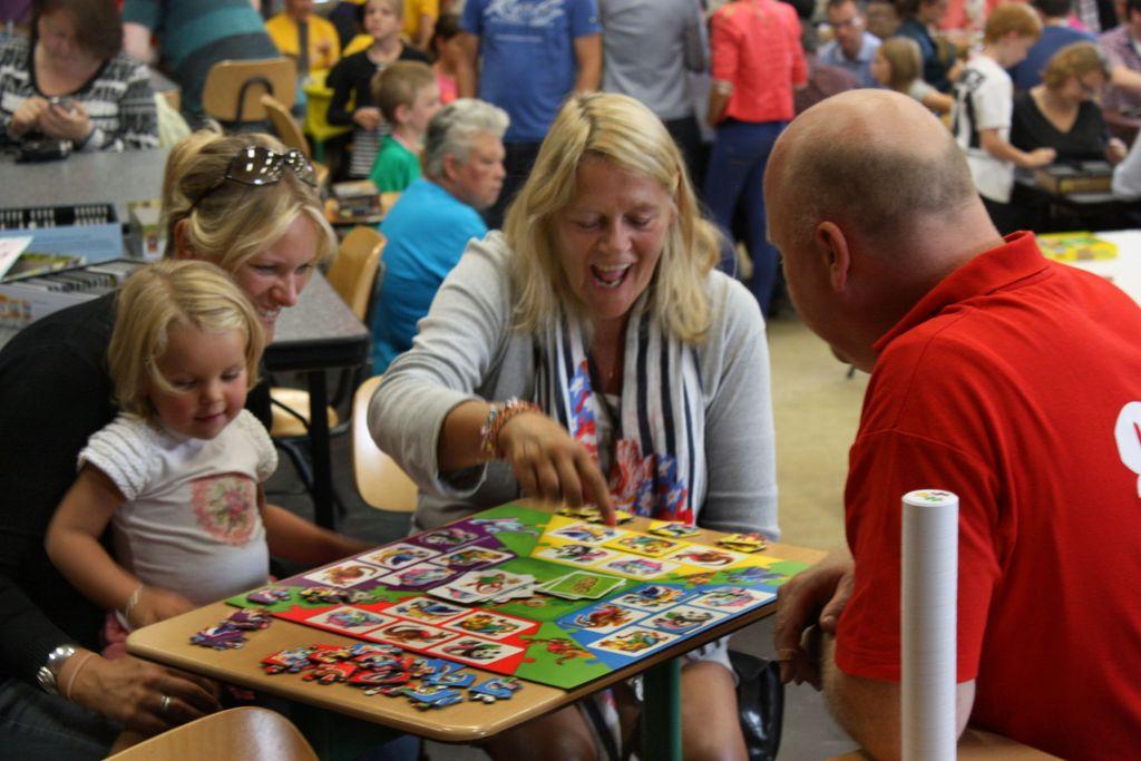 Board Game: Spuzzle