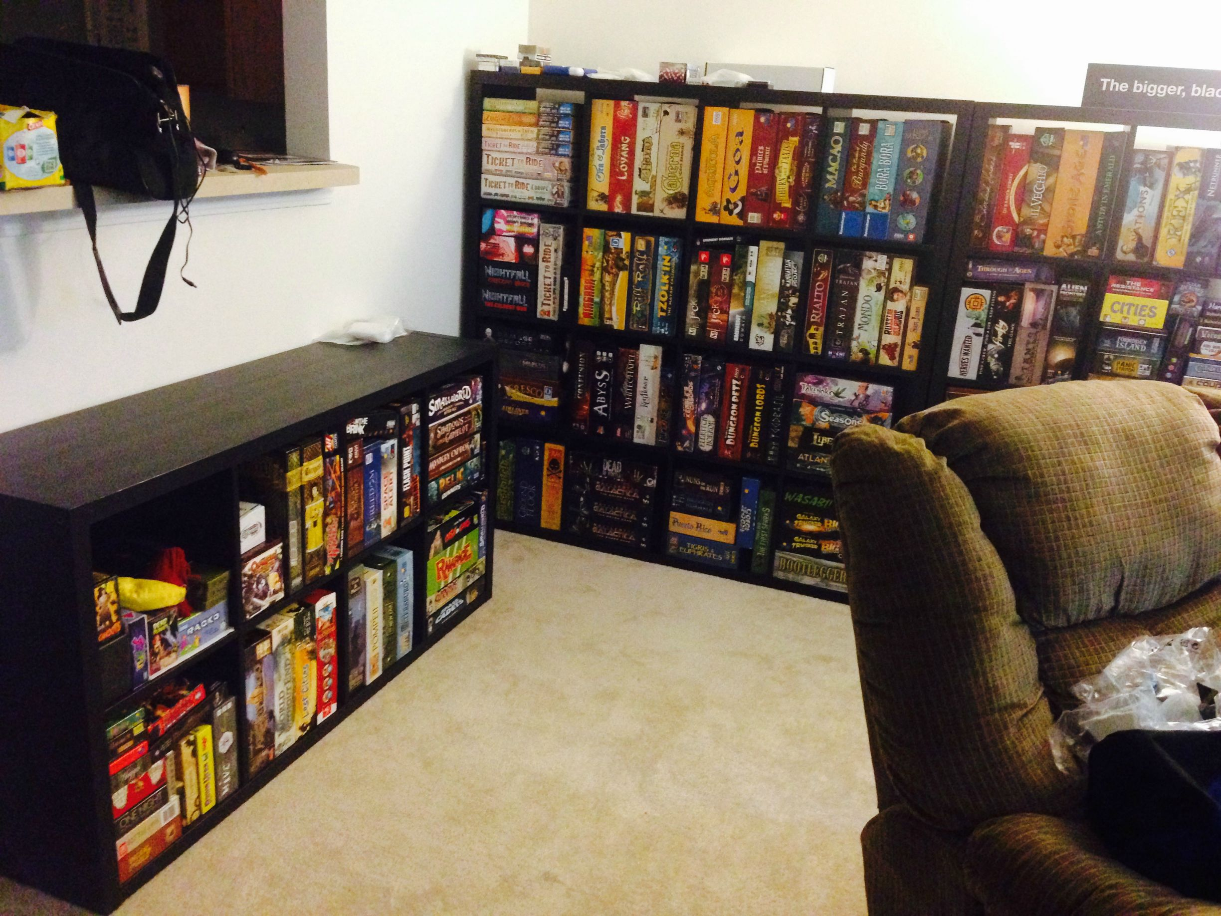 kallax vs expedit the dice tower boardgamegeek. Black Bedroom Furniture Sets. Home Design Ideas