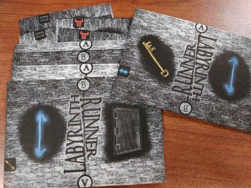 Board Game: Labyrinth Runner