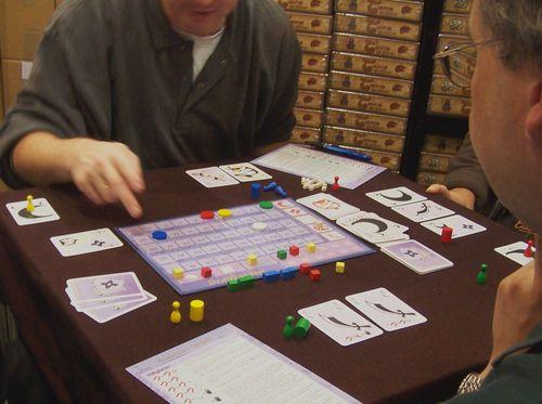 Board Game: Scandaroon