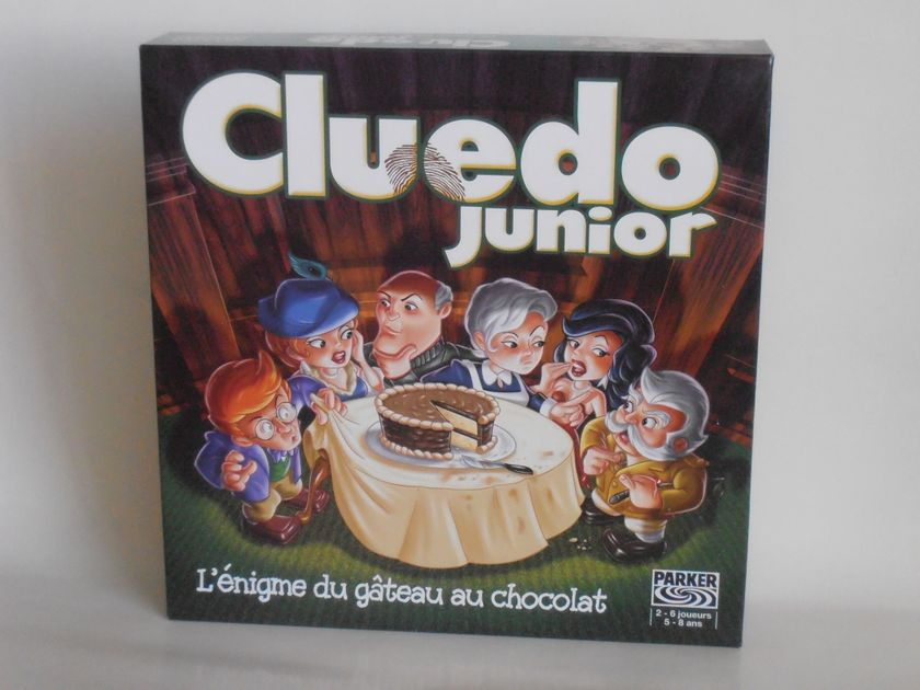 clue jr.: the case of the missing cake | image | boardgamegeek