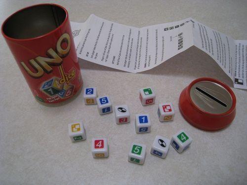 Board Game: UNO Dice Game