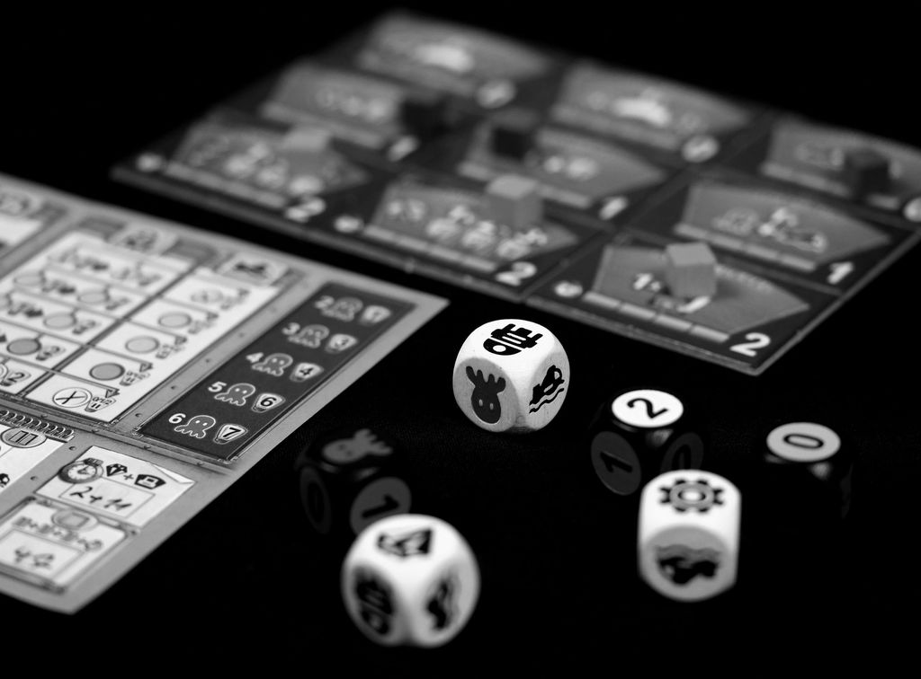 Board Game: OctoDice