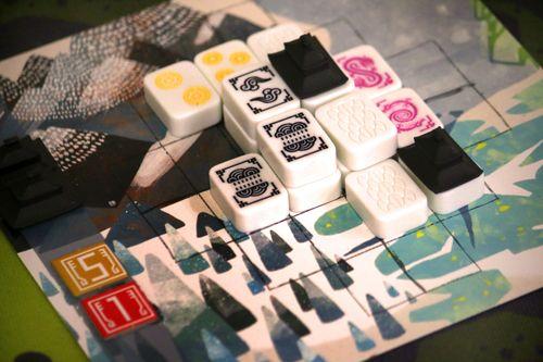 Board Game: Dragon Castle
