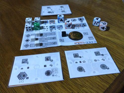 Board Game: Lunar Echoes