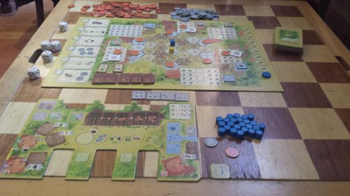 Solo gaming la granja a meeple myself and i review la granja put your card on the left side of your farm and youve got yourself a field that will either give you wheat olives or grapes for the rest of the game solutioingenieria Gallery