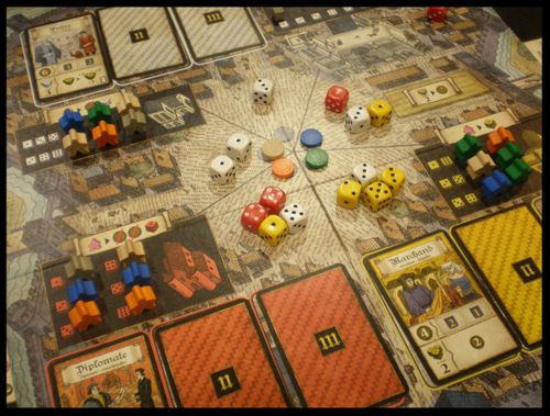 Games Modern Manufacture TROYES Board Game
