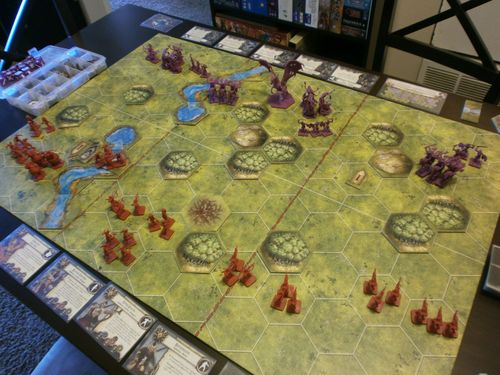 Board Game: BattleLore (Second Edition): Heralds of Dreadfall Army Pack