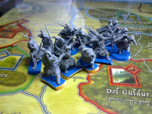 combining war of the ring with games workshops lord of
