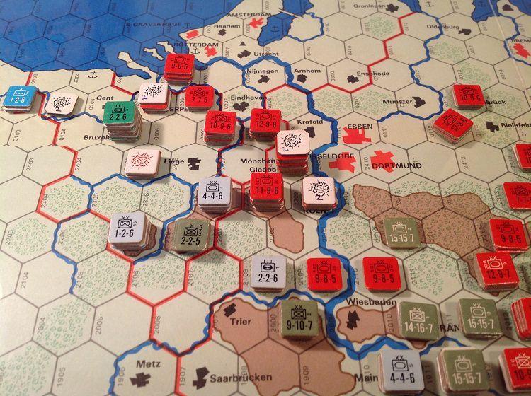 99 Red Balloons - Turns 4-6   The Third World War