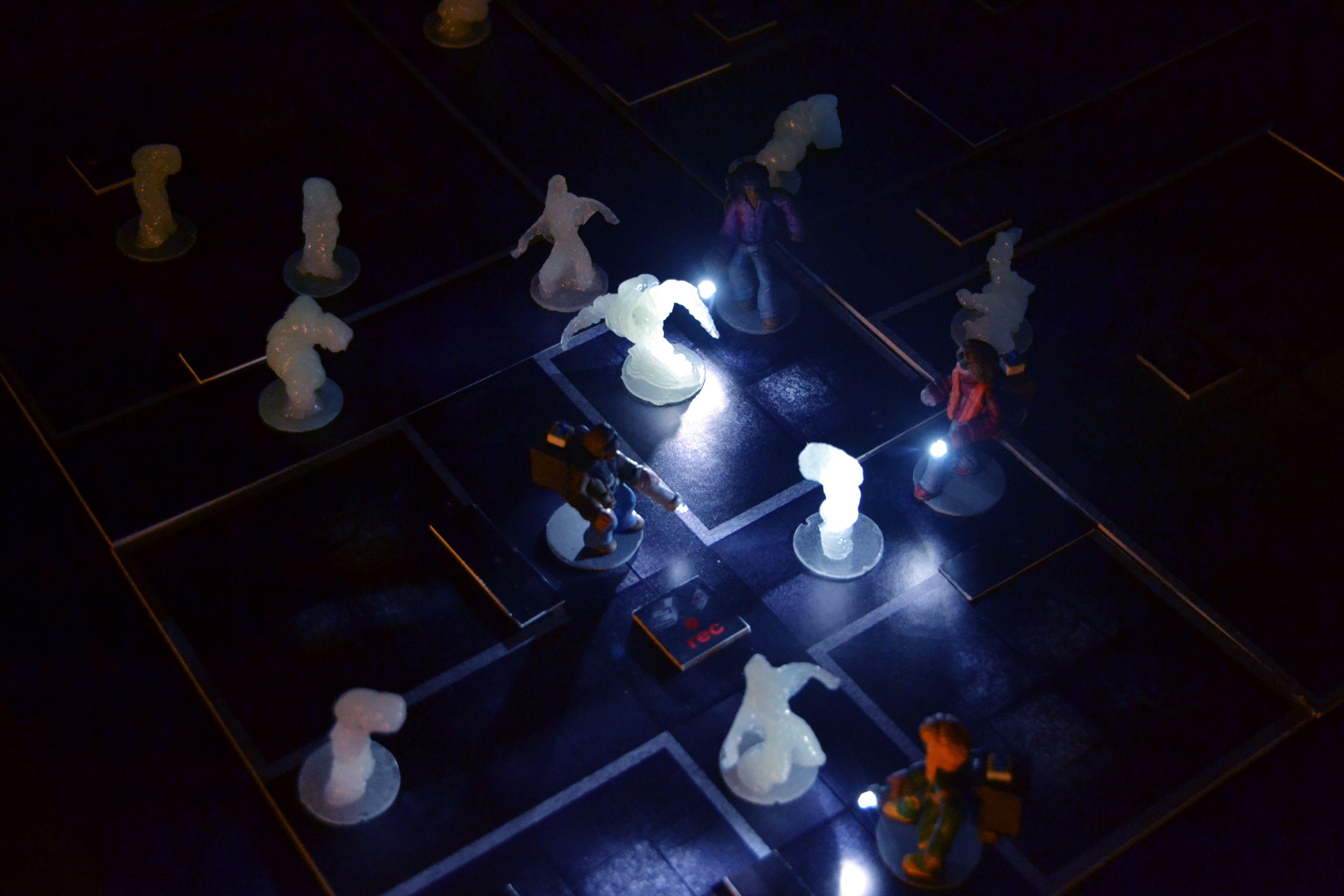 Case Blue Board Game : Kickstarter avghost paranormal investigation board game