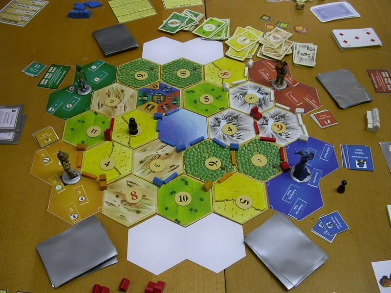 Settlers of New Catan (and extra modules)