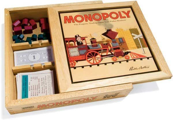 Monopoly: Nostalgia Wooden Box