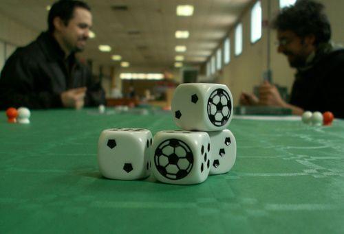 Board Game: 90°