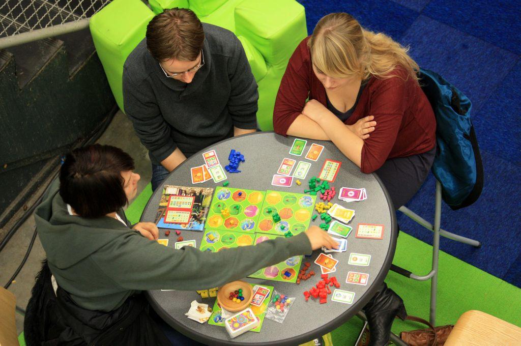 Board Game: Lorrein