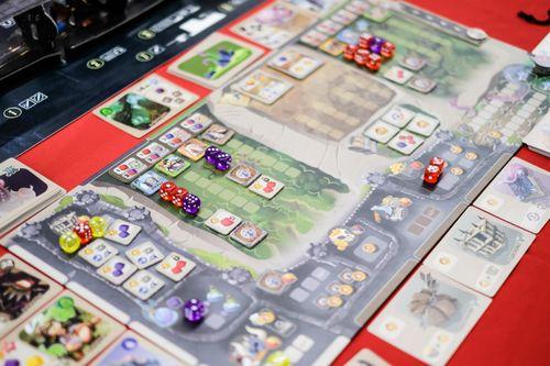 Board Game: Monster Lands