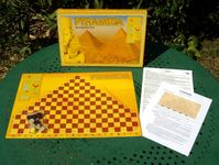 Board Game: Pyramida