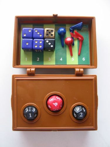 Board Game: Harry Potter and The Goblet of Fire Quidditch Dice Game
