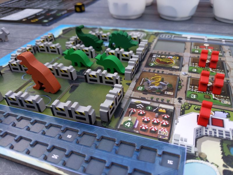 DinoGenics player board