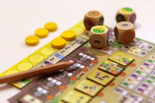 Board Game: La Granja: No Siesta